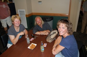 Luke Noordyk (middle) between two lovely contestants at the Game Room Giveaway - July 12, 201