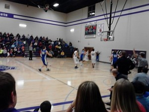 The Ishpeming Hematites Girls Basketball VS the Superior Central Cougars