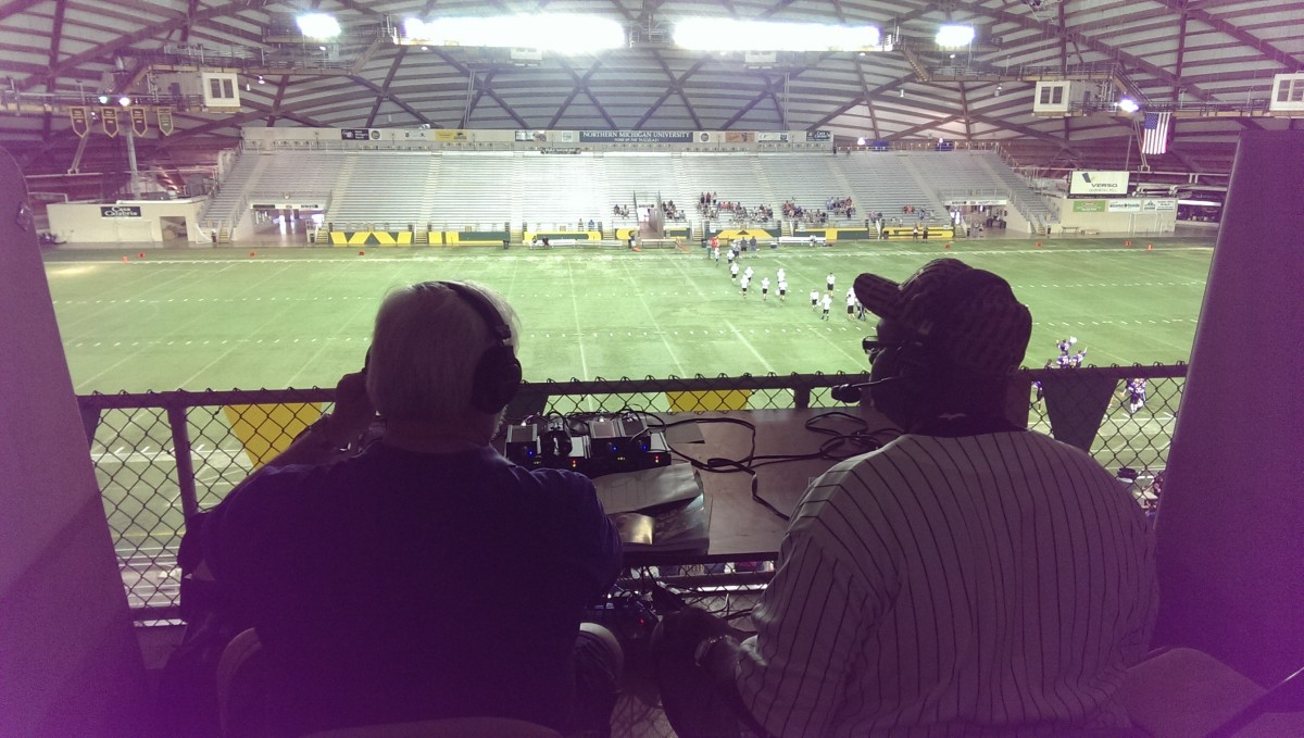 Mike Plourde and Mike James brought the game to you live on 103.3 WFXD and 92.7 WRPP!