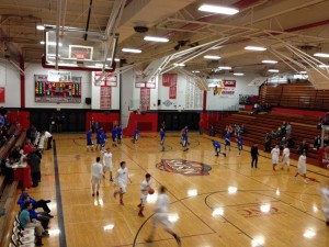 Ishpeming_Hematite_Boys_Basketball_VS_Marquette_Redmen_001