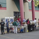 Super One was doing very well serving hot dogs and hamburgers at the entrance!
