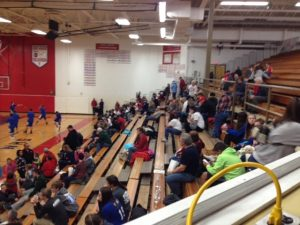 ishpeming_hematites_vs_westwood_patriots_crowd_120916