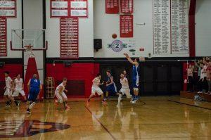 2017-Ishpeming-Boys-Basketball-Marquette-Redmen-10