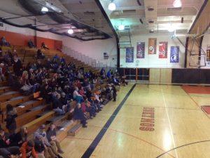 Ishpeming-Hematites-Girls-VS-Escanaba-Eskymos_Crowd