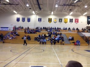 Ishpeming_Hematites_VS_Iron_Mountain_Mountaineers_Crowd_01