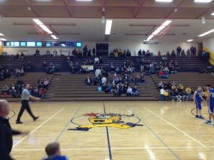 Ishpeming_Hematites_VS_Negaunee_Miners_Away_Crowd_021017