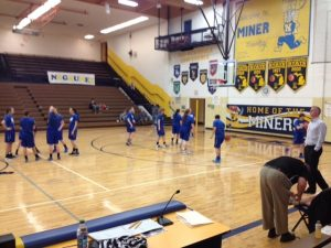 Ishpeming-Hematites-VS-Munising-Mustangs-Districts-Warmups