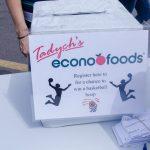 Econo was giving away a FREE net!