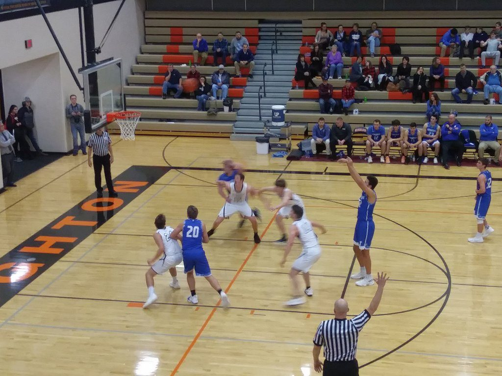 Ishpeming puts up a free throw during their game Wednesday night against the Houghton Gremlins