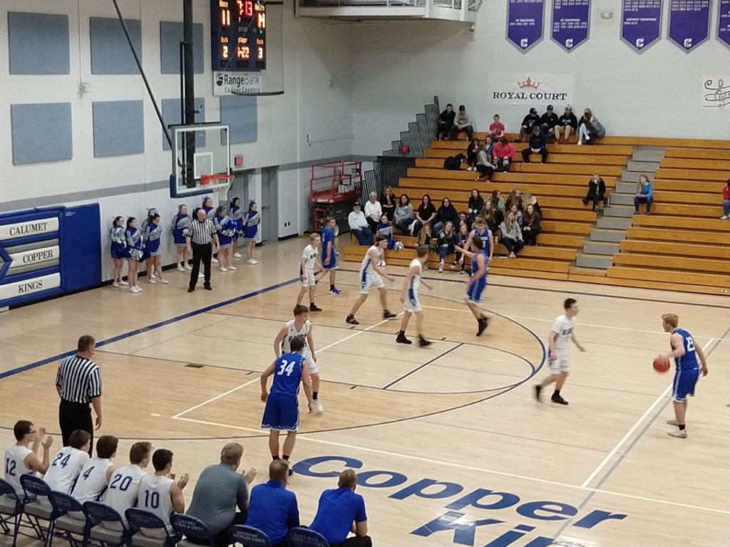Ishpeming Setting Up a Play