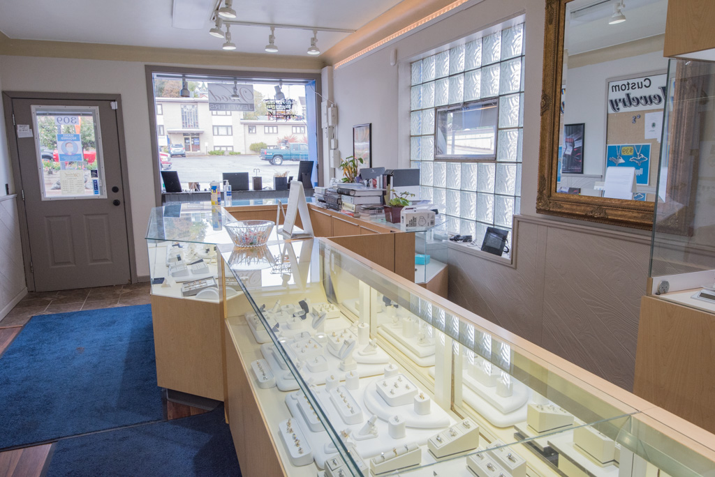 Wood Jewelers has a wide variety of items!